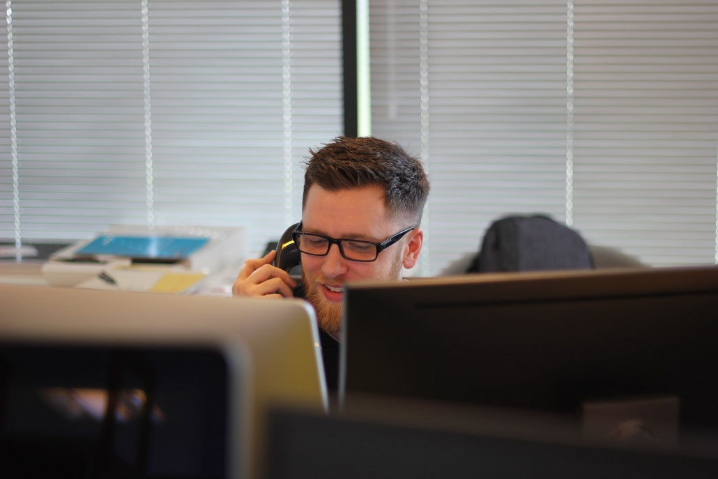 AI for Contact Centres: How To Put It In Place Most Effectively